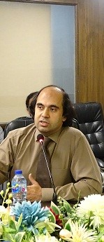 Dr Yasar